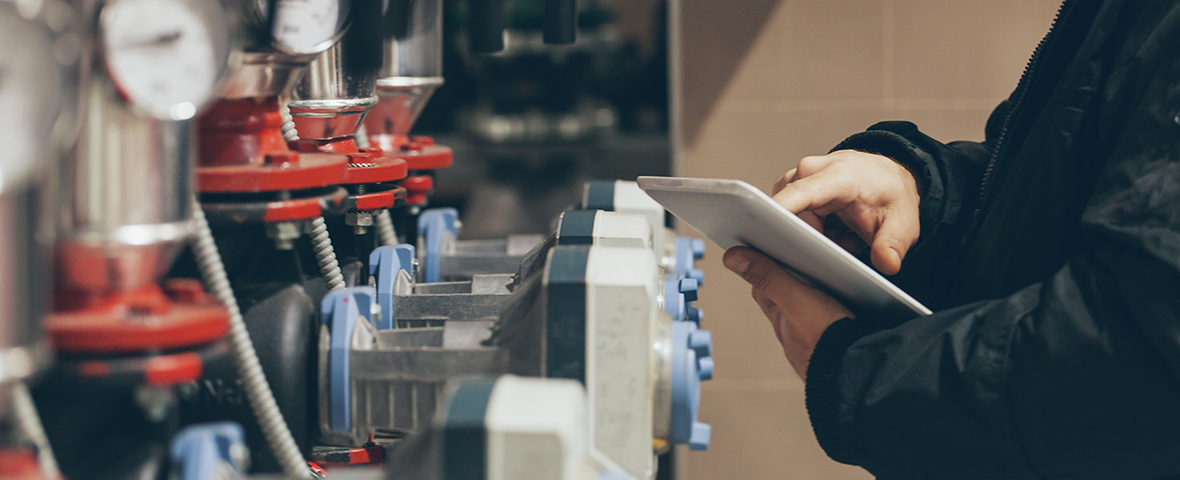 IWMS software to manage planned maintenance schedules - QFM by Service Works Global